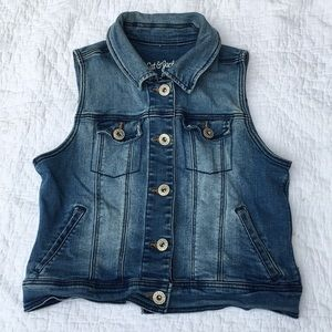 Cat & Jack girls denim vest